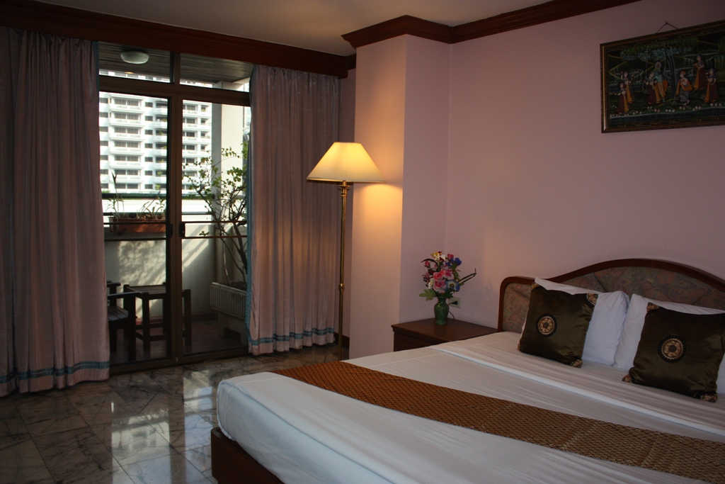 Cheap Bangkok Hotel in Thailand. The Royal Asia is the hotel online reservation